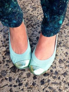 Gorgeous and comfy - loving these ballet flats in seafoam http://rstyle.me/n/kanhvnyg6