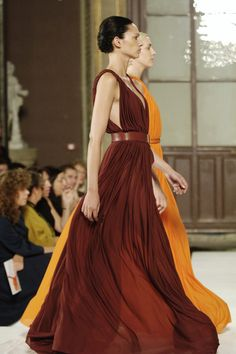 Hermès - maxi dress - flowing pleats loose fitting so casual sensual comfortable and sexy