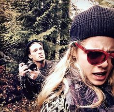 If it isn't my favorite Hollywood duo- Emily Bett Rickards and Colton Haynes Arrow Cast, Arrow Tv, Colton Haynes, Tommy Merlyn, Arrow Memes, Team Arrow, Felicity Smoak, Emily Bett Rickards, Supergirl And Flash