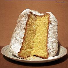 Pandoro - Italian Bread of Gold! || KissFromItaly.com