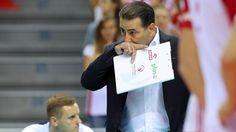 Ferdinando De Giorgi nie jest już trenerem polskich siatkarzy – taką decyzję podjął w środę zarząd PZPS. Włoski szkoleniowiec posadę piastował zaledwie dziewięć miesięcy i był piątym obcokrajowcem, któremu powierzono to zadanie.