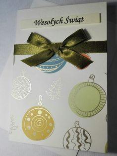 Kartka świąteczna z motywem bombek. Ręcznie robiona. Wykonana z papieru ze sproszkowanym złotem.  Handmade christmas card.