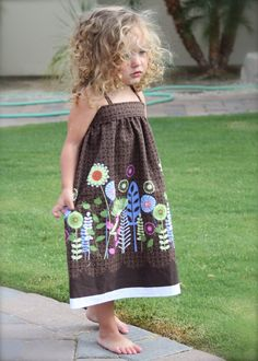 Adorable DIY Toddler Summer Sundress--I don't have any little girls to make this for but looks easy enough to upsize for an adult also.