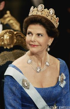 Pascal Le Segretain/Getty Images Queen Silvia of Sweden wears the Cameo Tiara and jewels from the coordinating married parure at the ...