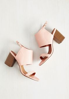 Chic Wants to Move Heel. These blush pink heels were made to hit the town. #blush #modcloth