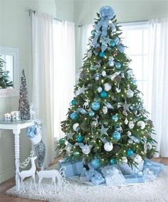 tree christmas decoration ideas christmasdecorations christmastreedecorationsb christmastree christmasdecorationideas christmastreeideas - Teal And Silver Christmas Decorations