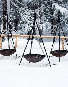 Winter Weddings / Fire Pits (instagram @the_lane)