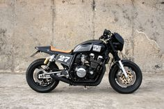 custom yamaha xjr 1200 side view