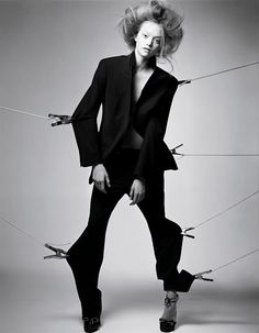 """Life in pics: Editorials: """"The lines and the shapes"""" - Gemma Ward by Craig McDean"""