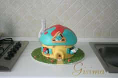 cookaound: mushroom house with smurfs
