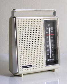 Radio National Panasonic  Vintage by Pucciopo on Etsy