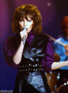 PAT-BENATAR-MUSIC-PHOTO-A16 Pat Benatar, Rocker Outfit, Rocker Girl, Rock And Roll Bands, Rock Bands, 80s Glam Rock, Hard Rock Music, Top 10 Hits, Women Of Rock