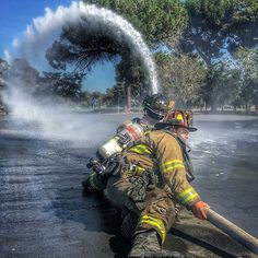 "FEATURED POST @californiafirefighter - Burbank Paradise Firefighters training with a 2 1/2"" hose. @burbank_fire . ___Want to be featured? _____ Use #chiefmiller in your post ... http://ift.tt/2aftxS9 . . CHECK OUT! Facebook- chiefmiller1 Periscope -chief_miller Tumblr- chief-miller Twitter - chief_miller YouTube- chief miller . . #firetruck #firedepartment #fireman #firefighters #ems #kcco #brotherhood #firefighting #paramedic #firehouse #rescue #firedept #workingfire #feuerwehr #brandweer #"
