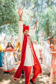 Multicultural Persian and Indian Wedding at Calamigos Ranch – Purity Weddings 27 Witness this Persian and Indian wedding celebration bursting in jubilant color and tradition! #bridalmusings #bmloves #wedding #ido #bride #groom #tent #calamigos #ranchwedding