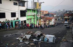 http://epocanegocios.globo.com/Mundo/noticia/2016/06/87-dos-venezuelanos-dizem-nao-ter-dinheiro-para-comprar-comida.html