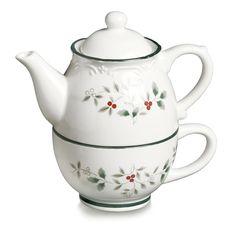 Pfaltzgraff Winterberry Tea For One Teapot, Multicolor