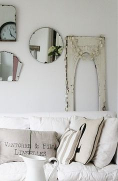 12 easy and inexpensive wall decor for living rooms