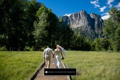 Johnny Stafford Photography – Fresno and Yosemite Wedding Photographers Courtney And David, Glacier Point, Yosemite Wedding, Wedding Themes, Wedding Season, Mount Rushmore, Seasons, Photography, Travel