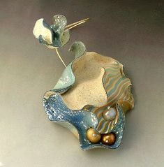 Jana Roberts Benzon - sea sculpture pin