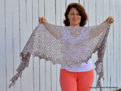 Ravelry: Raveneli pattern by Diana Rozenshteyn