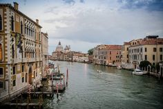 Beautiful Venice, I love travelling there with every occasion ( I think I`ve been there 7 times and I still love it so much!) Andreea & Alex- After wedding, Venezia & Lago di Garda Glass Of Champagne, Amazing Sunsets, Beautiful Castles, Wedding Photoshoot, Venice, Travelling, Travel Destinations, Italy, Times