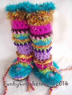 Crochet Slipper Boots/ Leg Warmer ComboUnique door FunkyCrochetArt, $50.00  WAUW - kopen óf zelf maken