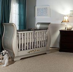 Romina Venice Classic Sleigh Crib