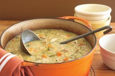 Warm up your Friday night with this hearty soup - the winner of this week's soup recipe food fight. Vegetable Soup Recipes, Chicken Salad, Healthy Cupcakes, Yellow Cake Mixes, Soup Mixes, Chickens In The Winter, Chicken And Vegetables, Yum Yum Chicken, Meat Chickens