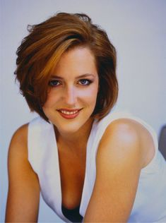 Gillian Anderson // loved this cut!!