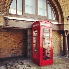 #London is calling. Plan your #British excursion now! Photo courtesy of garotasviajantes on Instagram.