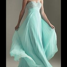 """Aqua / mint / Tiffany teal formal dress NEW! Would be a great bridesmaids dress! It's stunning!!! Strapless sweetheart pleated gown with beaded bodice and empire waist. Was custom fit for size 12 (5""""5 height with room for heels) never worn but has no tag. Dresses"""