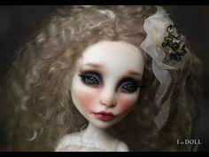 Monster High Repaint Art Doll OOAK – Spectra | Custom Doll for Mysterium1