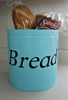 Easy DIY Bread tin to keep your counters clutter free. Having a designated area for things helps especially in the kitchen. Did you buy or get any popcorn tin… Bread Tin, Bread Boxes, Homemade Fabric Softener, Homemade Laundry Detergent, Do It Yourself Home, Organization Hacks, Organizing Ideas, Home Projects, Craft Projects