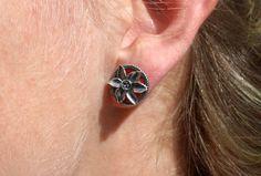 Schmuck Online Shop, Class Ring, Diamond Earrings, Gold, Jewelry, Fashion, Silver Stud Earrings, Daffodils, Ear Jewelry
