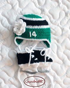 BABY GIRL HOCKEY, Baby Hockey Stars, Hockey Green Black, Hockey Baby Girl, Hockey Baby Gift, Baby Hockey Knit Hat, Hockey Baby Knit Skates by Grandmabilt on Etsy