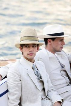 Ben Whishaw & Matthew Goode in Brideshead Revisited. I finally watched this with my mom today. We both loved it!