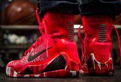 Nike Kobe 9 Elite 'Christmas'
