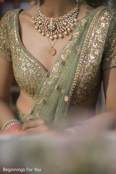 Photo by Outfit Beautiful Detailing! Photo by Nitish Arora Outfit Indian Bridal Fashion, Asian Fashion, India Fashion, Women's Fashion, Fashion Outfits, Indian Dresses, Indian Outfits, Indian Clothes, Lehenga Choli
