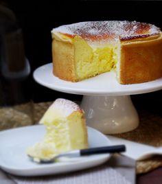 """Gâteau au fromage blanc OU.... L'origine du Cheesecake (N.B. je n'utilise pas le """"sachet de pudding vanille"""" = ??)"""