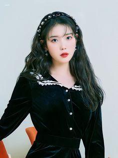 Korean Actresses, Korean Actors, Cute Korean Girl, Asian Girl, Iu Hair, Chica Cool, Idole, Kpop Outfits, Kpop Fashion