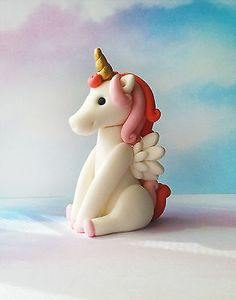 Fondant Unicorn Cake Topper - 1 Unicorn