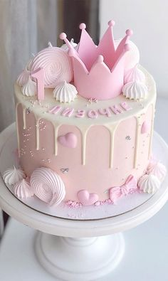 Little Girl Birthday Cakes, 1st Birthday Cake For Girls, White Birthday Cakes, Funny Birthday Cakes, Elegant Birthday Cakes, Beautiful Birthday Cakes, Princess Birthday Cakes, Birthday Cake Designs, Birthday Cake Crown