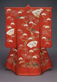 Japanese Embroidery Kimono UCHIKAKE Japanese, Edo period, first half of century DIMENSIONS: x cm x 48 in.) MEDIUM OR TECHNIQUE: Satin damask (rinzu), tie resist-dyed (kaneko shibori), embroidered with silk and gold metallic thread Japanese Outfits, Japanese Fashion, Japanese Clothing, Geisha, Kimono Tradicional, Traditional Japanese Kimono, Japanese Costume, Wedding Kimono, Kimono Design