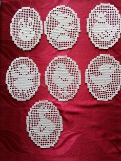 Easter Crochet, Crochet Art, Crochet Potholder Patterns, Bunny Art, Doilies, Embroidery, Holiday, Crochet Christmas Trees, Crochet Flowers