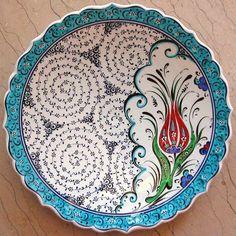 Ceramic Tile Art, Glass Ceramic, Ceramic Painting, Ceramic Plates, Ceramic Pottery, Decorative Plates, Image Glass, Plate Wall Decor, Turkish Art