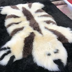 Luxury New Zealand Wool Bear Sheepskin Kids Rug Bear Rug, Childrens Rugs, Sheepskin Rug, Champagne, Kids Rugs, Chocolate Brown, Shades, Natural, Black