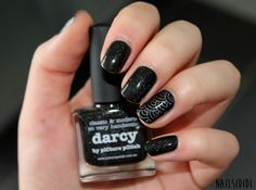 Black is black, but a sparkling one !