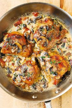 Chicken Thighs with Creamy Bacon Mushroom Thyme Sauce this is one of the best chicken thigh recipes I ever made. Easy delicious and perfect for bone-in skin-on chicken thighs! This is KETO friendly high-fat low-carb gluten free chicken recipe. Healthy Chicken Thigh Recipes, Best Chicken Thigh Recipe, Chicken Recipes, Healthy Recipes, Baked Chicken, Boneless Chicken, Creamy Chicken, Recipe Chicken, Keto Recipes