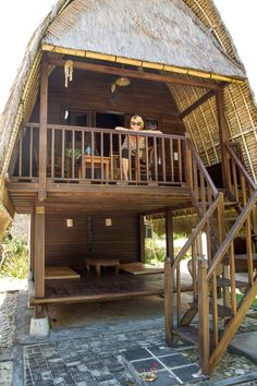 What Does a Night in a Tropical Paradise Cost? Bamboo House Design, Tropical House Design, Tiny House Design, Tropical Houses, Tropical Paradise, Hut House, Tiny House Cabin, Ideas Cabaña, Bamboo Building