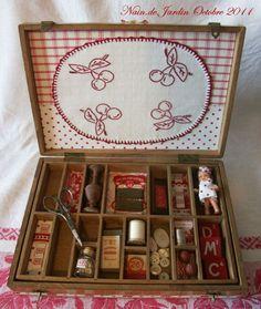 N°26 cousette à petits casiers 2011-10 (2) - Photo de I - ROUGE - *** Nain.de.Jardin ***